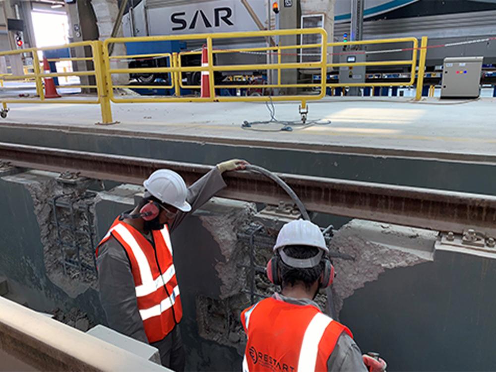 مشروع صيانة خط رقم ٤